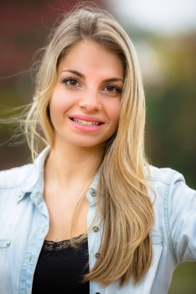 Camille b danseur - Blonde aux yeux marrons ...